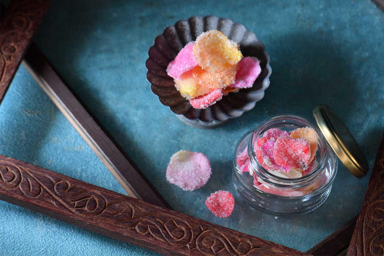 エディブルローズ(食用バラ)の砂糖漬け